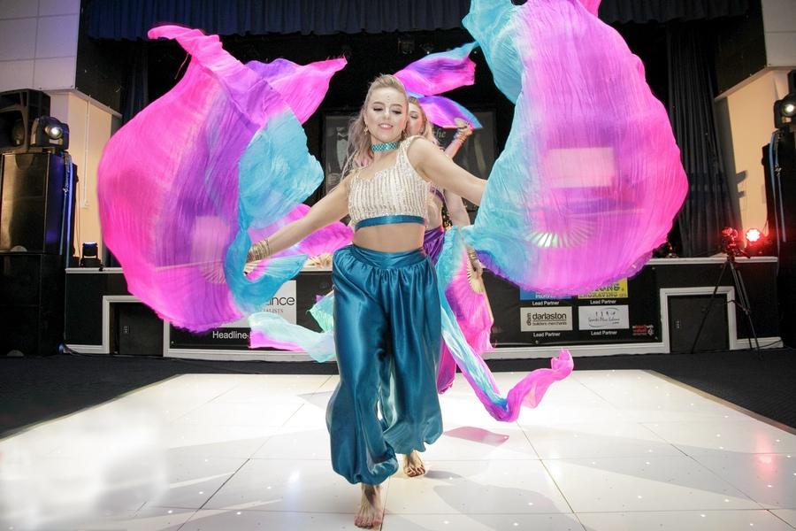 Socharo Dance 01